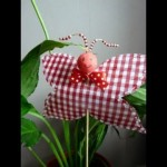 Recycled craft ideas: Recycled Spring Butterfly Tutorial