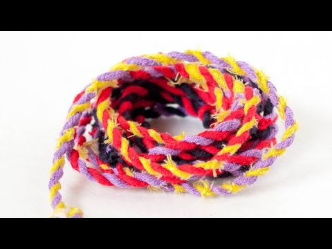 Make a Recycled Fabric Rope – DIY Crafts – Guidecentral