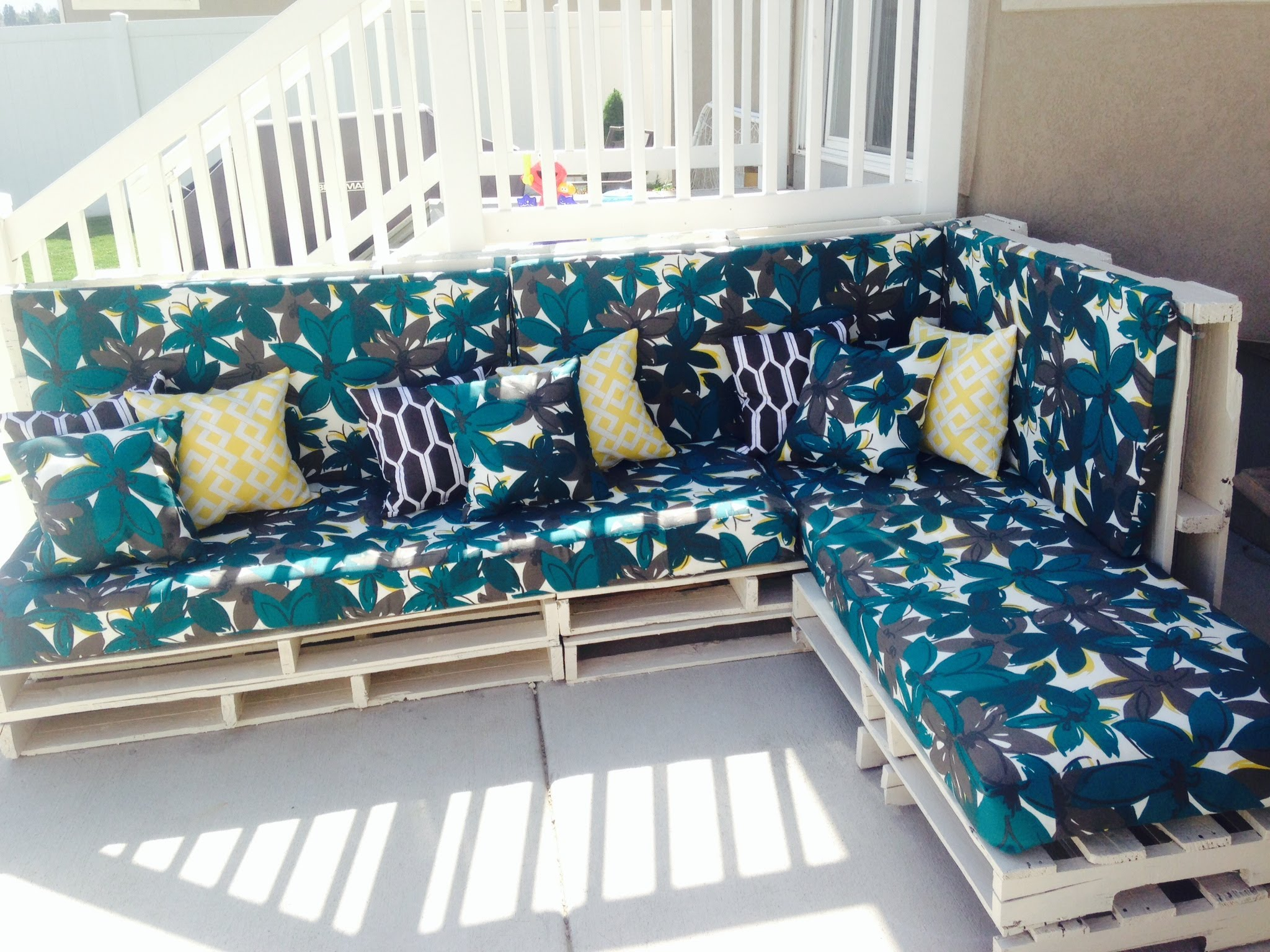 Pallet Home furniture Pinterest Do-it-yourself – Wood PALLET Couch – House design ideas