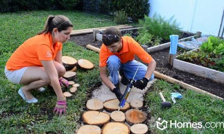 Homes.com DIY Experts Share How-To Create a Natural Outdoor Pathway