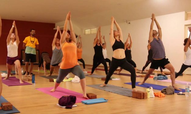 Vinyasa Yoga Traditional Class in Mysore India – One hour Full Class